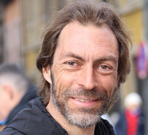 Cesar Torés García